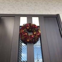 YKKドアにクリスマスリース付けたった♪の記事に添付されている画像
