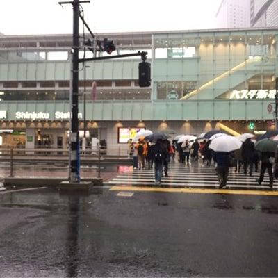 新宿、雪(54年振り)。の記事に添付されている画像