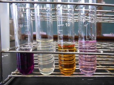 二 クロム 酸 カリウム 過 酸化 水素
