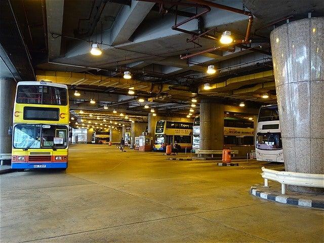 香港島 中環(交易廣場) 巴士總站...