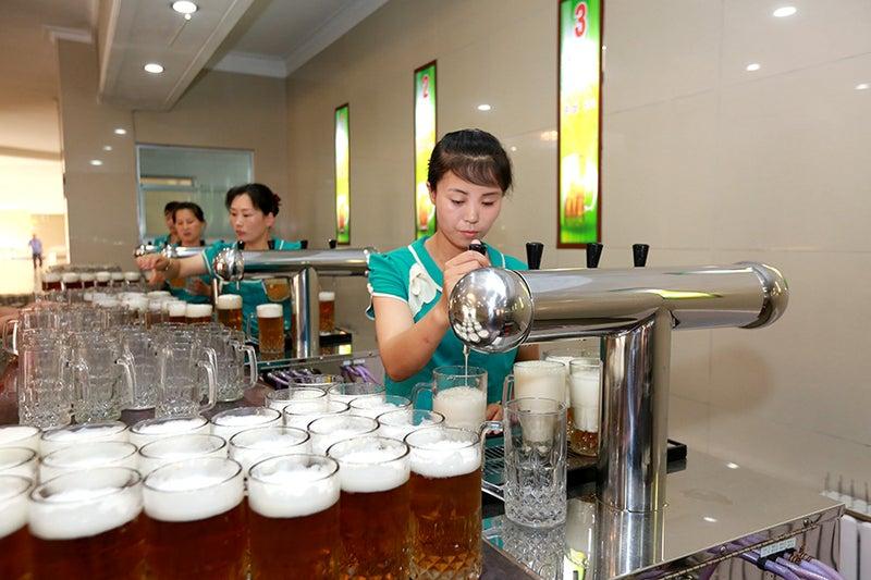 お歳暮に大同江ビールはいかがですか?
