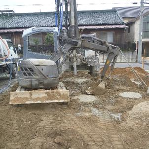 基礎工事の画像