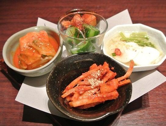 トラジ恵比寿園店 キムチ盛り合わせ