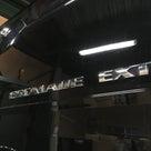 エスカレードEXTにバックカメラ&モニター!の記事より