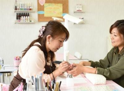カルジェルは薄い爪にもおすすめ♪シンプル 上品 大人かわいいネイルデザイン♡播磨町 明石 加古川