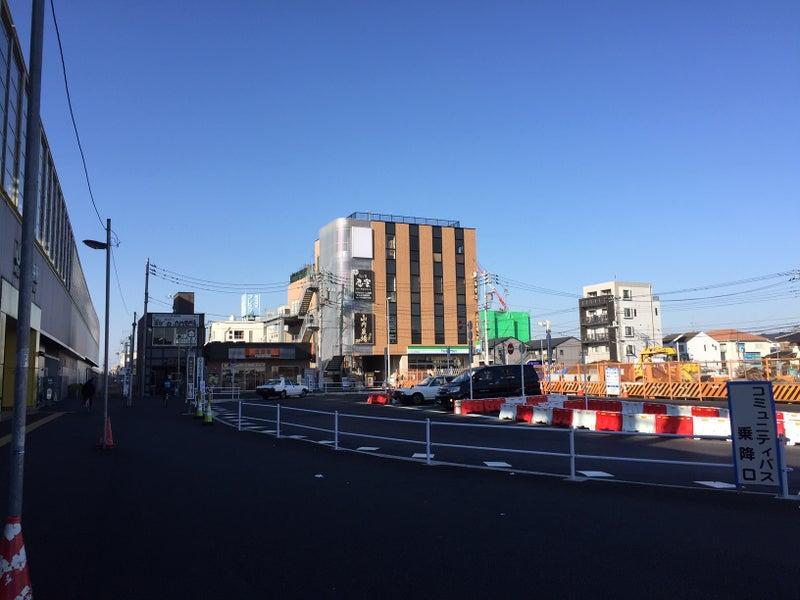 東小金井駅北口ロータリー、3月...
