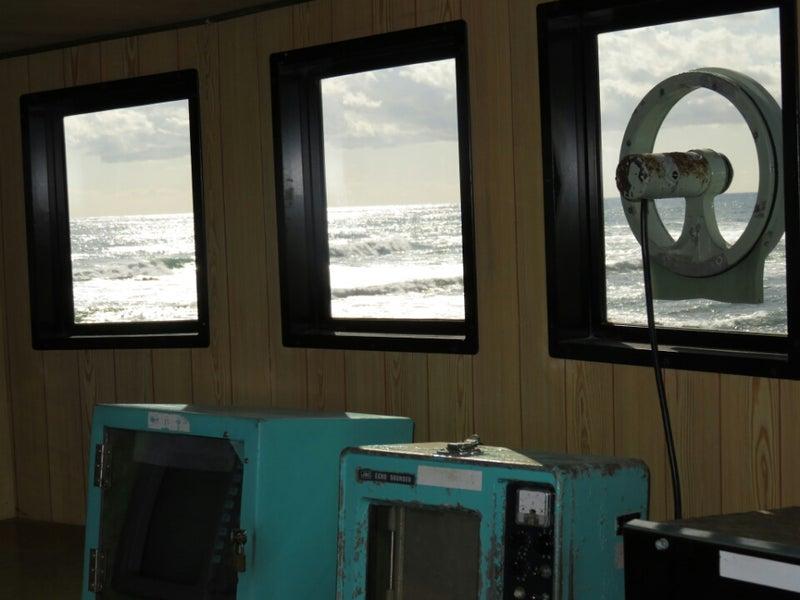 安房白浜港灯台と旅の風景 | 年...
