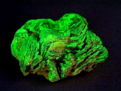 閃ウラン鉱石を探せ!|カイスのブログ/姫川薬石 …