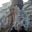 ローマの噴水凍った!…