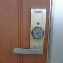 玄関カードキー解錠作…