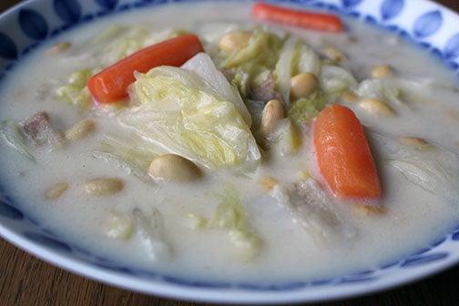 大豆と白菜のミルクスープ01