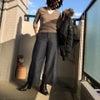 職場ファッションのマイ・ルール:ゆるいトップスは気を付けないとねの画像