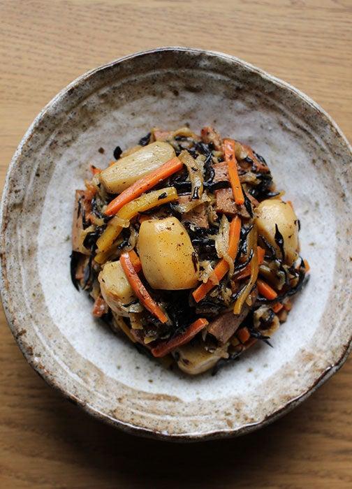 ひじきと根菜の煮物02