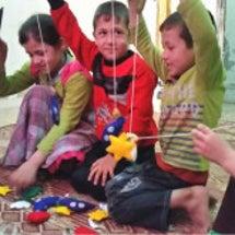 シリアの子ども支援と…