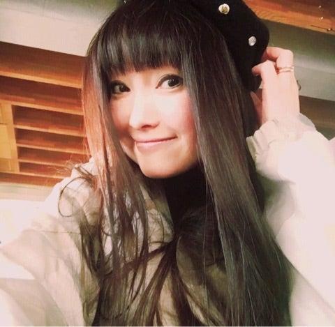 髪のアクセサリーが素敵な千葉麗子さん