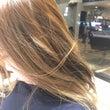 【髪が乾燥する原因と…