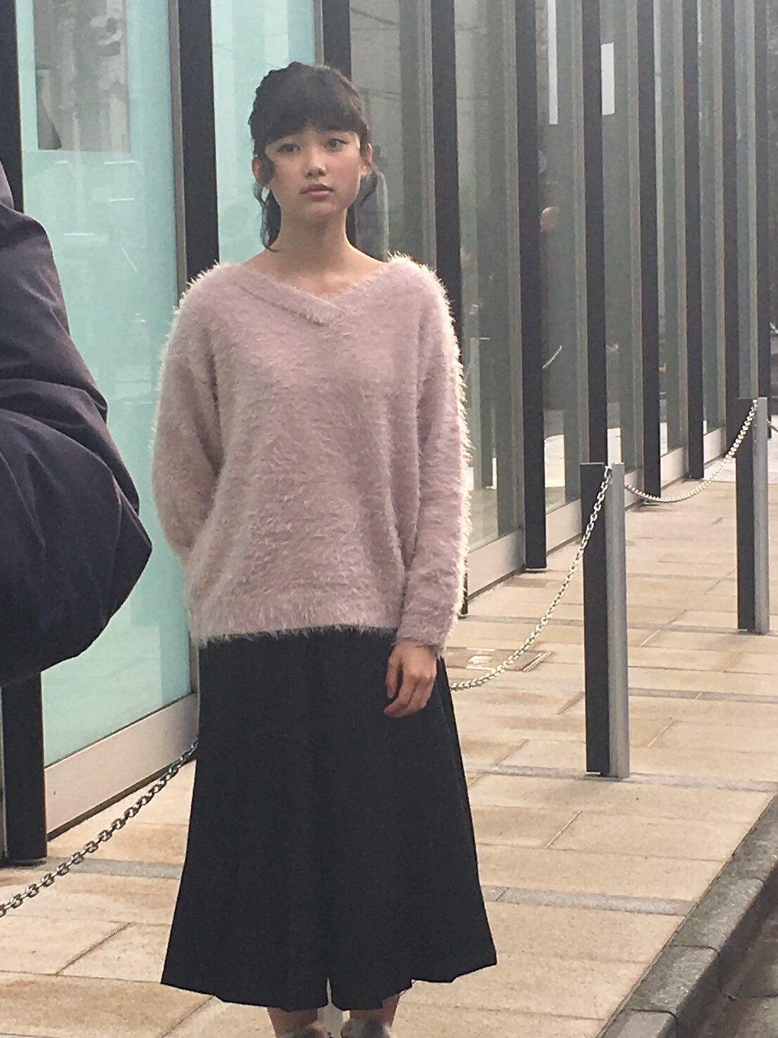 井頭愛海さんのカクテルドレス姿