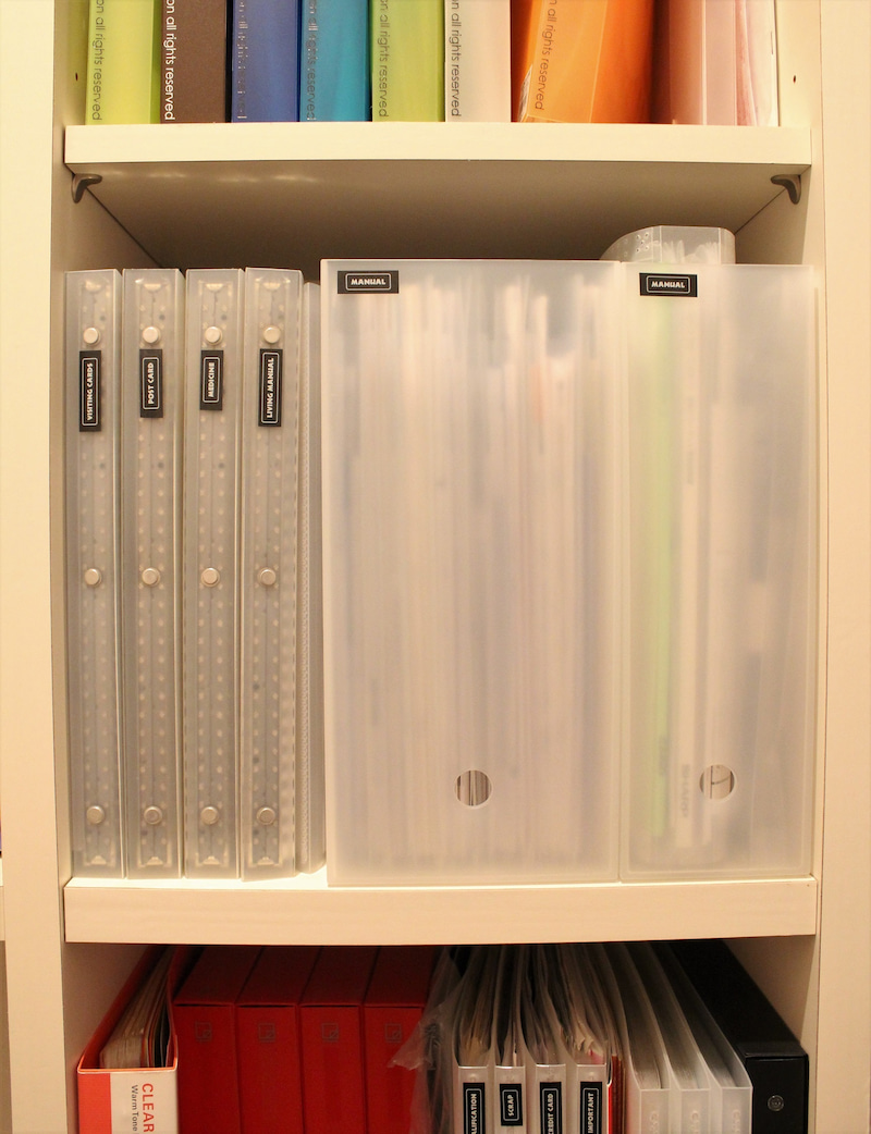 その点、A4サイズに統一しておけば本棚にすっきり収まります ...