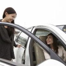 車の査定と下取りを比…