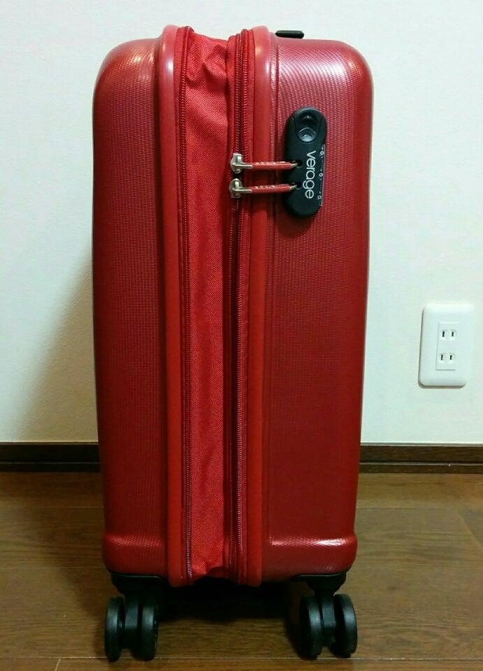 5513411d52 この値段ならキズも気にならないし、マチUPで収納量も増やせるので帰国時は液体を購入して預入手荷物にしようと思います 飛行機