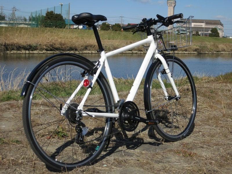 クロスバイク初購入! シルヴァ F24 2017年モデル | 真上のブルー