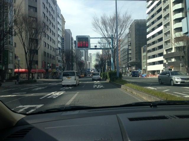 大阪市北区「曽根崎通り」にて ペーパードライバー出張教習