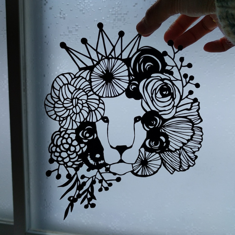 『美しい花モチーフの切り絵 FLOWER GARDEN チェ・ヒャンミ著』より