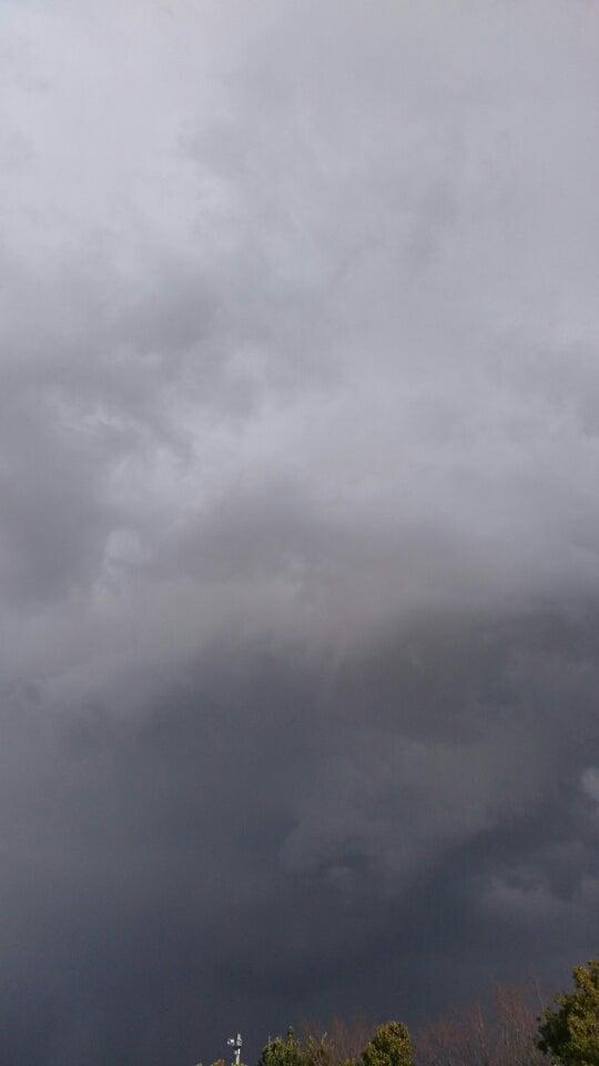 怪しい雲行き | 男ならかたむい...