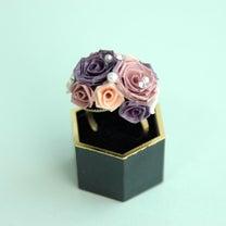 【販売中】紫色のツインローズの指輪(サイズフリー)の記事に添付されている画像