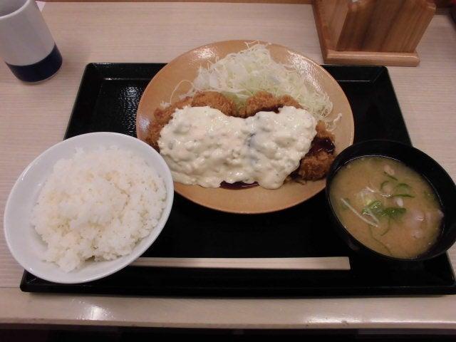 タルタルチキンカツ定食1