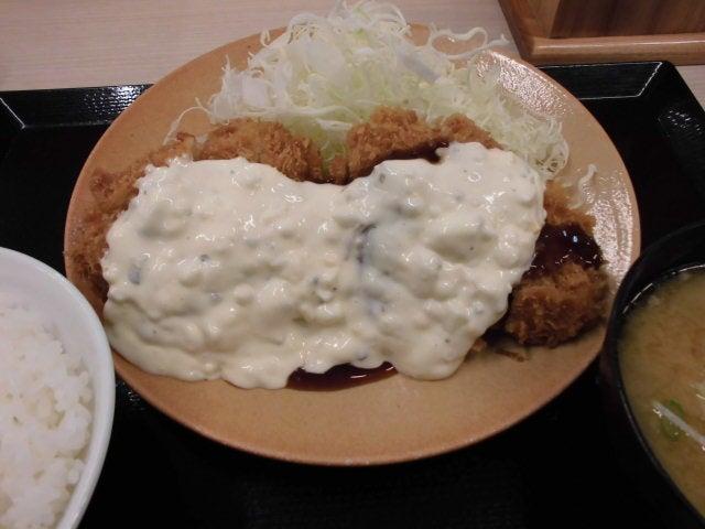 タルタルチキンカツ定食2