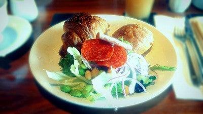 ガーデンラウンジの朝食
