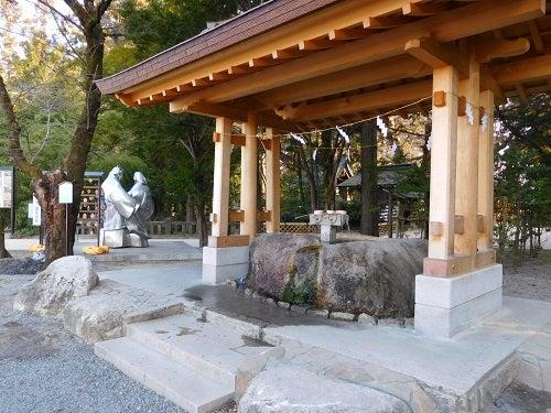 神社の春と空11