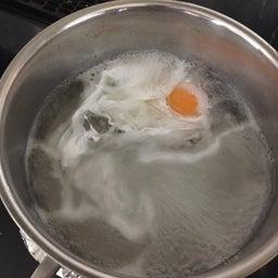 画像 インスタントラーメンに入れる卵が上手に作れる方法 の記事より 1つ目