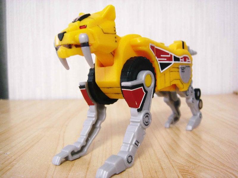守護獣サーベルタイガー