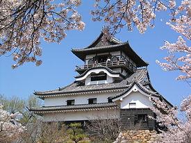 Castle_in_Inuyama.JPG