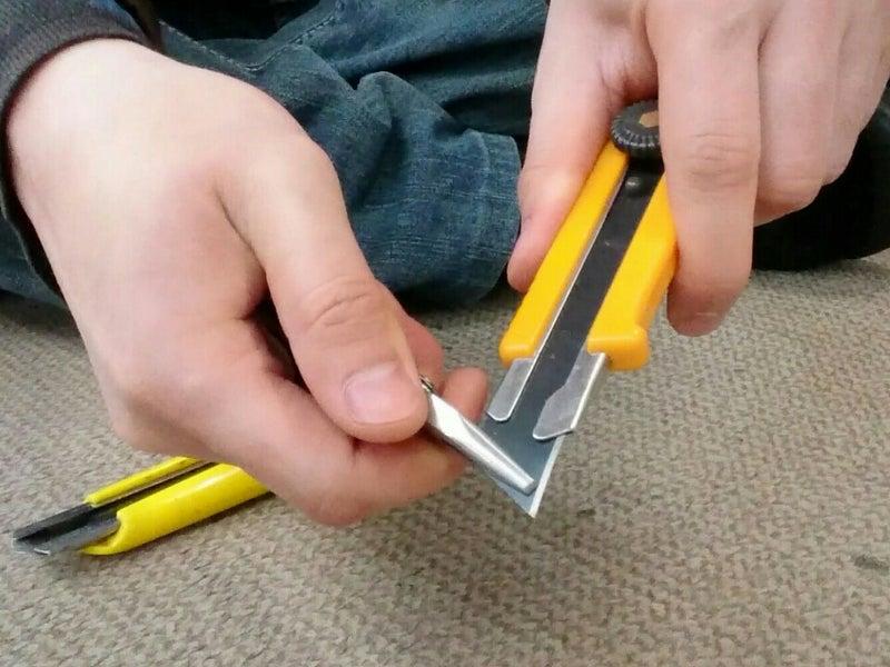刃 折り 方 カッター