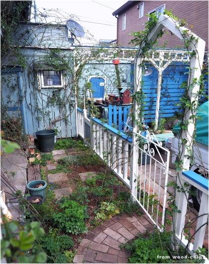 バラの庭 ウッドチップス ガーデン