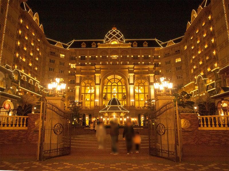 ランドホテル 夜