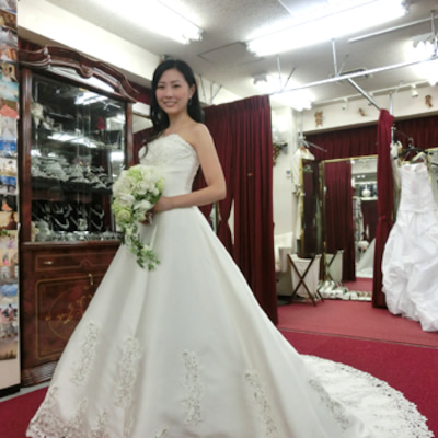 ドレスはシャローン アレンジ☆グランドオリエンタルみなとみらいの記事に添付されている画像