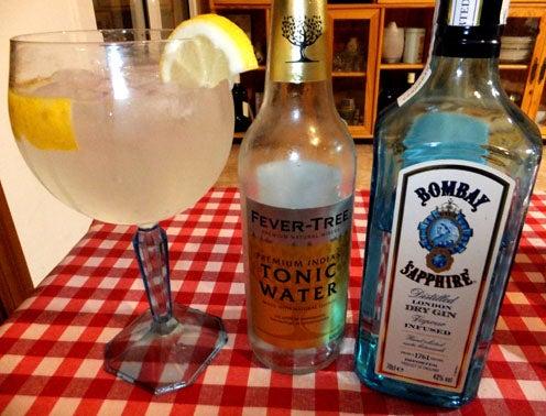 2017-gin-tonic-abril-1