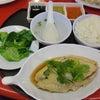 シンガポールのChinatown Seafood Restaurantで海南鶏飯などの画像