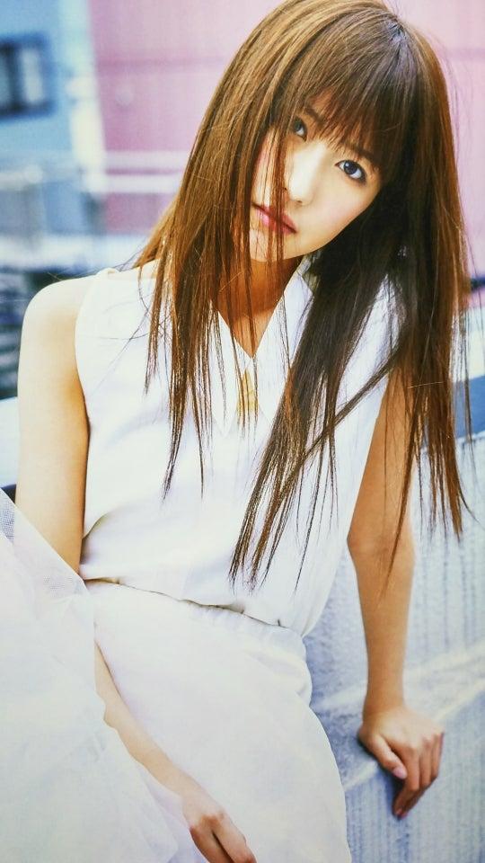 ファッションモデルの土生瑞穂さん
