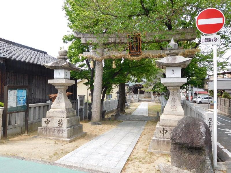 堤根神社(門真市薭島)   よも...