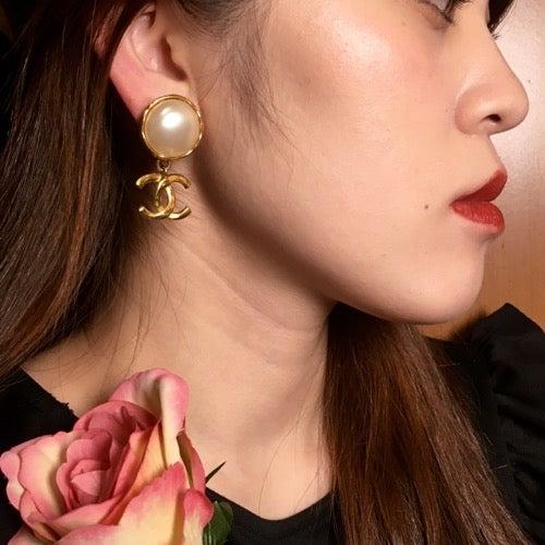 b1e9e5426d5b エレガンスな耳元へ♡CHANELヴィンテージイヤリング | Vintage Shop ...