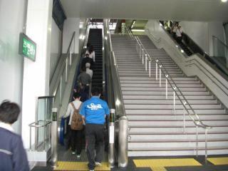 なぜ人は21段の階段すらエスカレーターを使うのか?の記事より