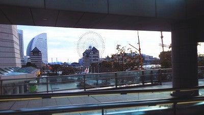 桜木町駅の動く歩道