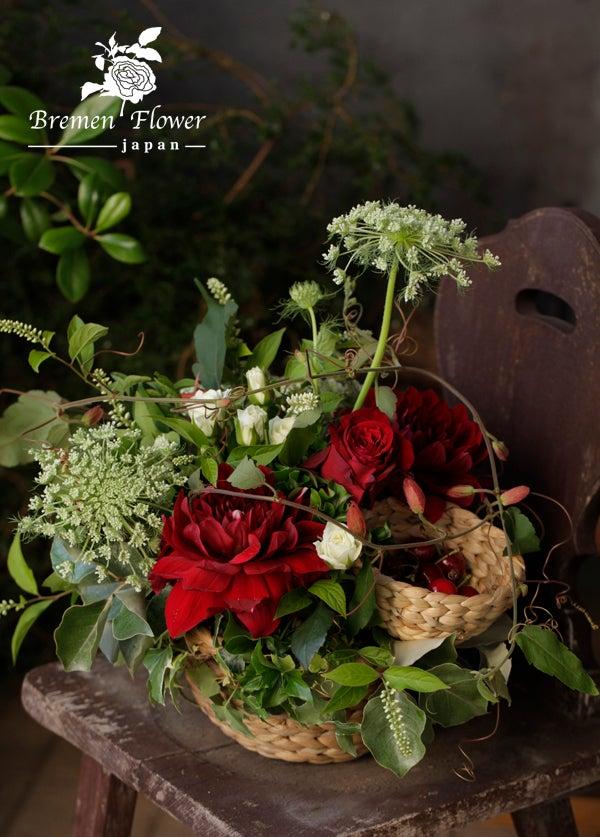 花とフルーツのアレンジメント
