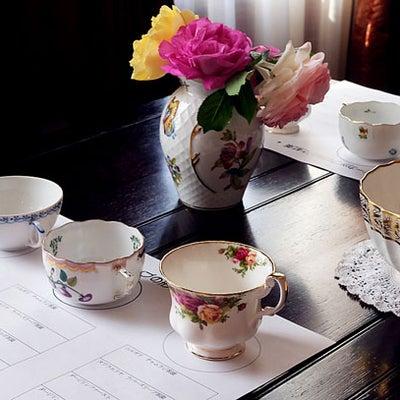 ティーカップの形状と紅茶の味 65名の結果発表の記事に添付されている画像