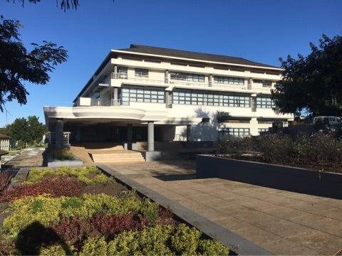 マラウイの大学(理学療法学科)...